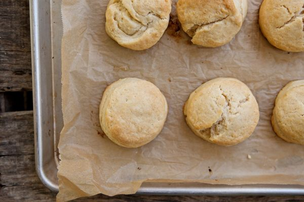 cream-biscuits-and-sausage-gravy-recipe