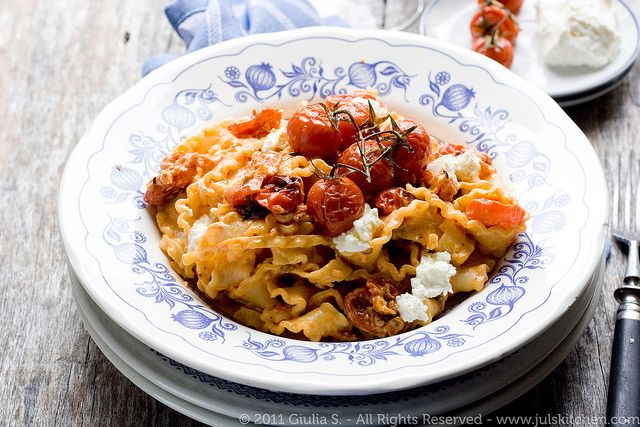 ... : MAFALDE WITH ROASTED TOMATOES, ROBIOLA AND CRUSHED FENNEL SEEDS