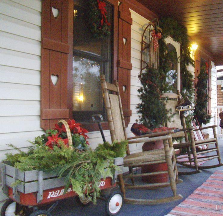 Country christmas porch holiday decor christmas for Christmas porch decor