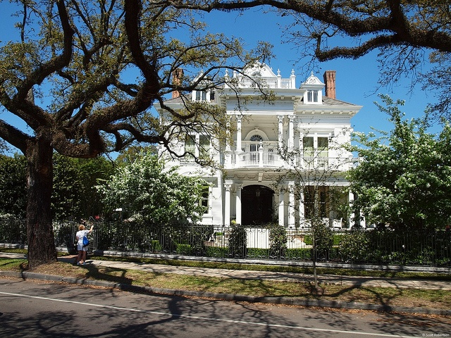Antebellum plantations pinterest for Antebellum homes