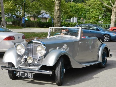 1934 Bentley departs on the Dayton Concours d'Elegance Classic Road Tour