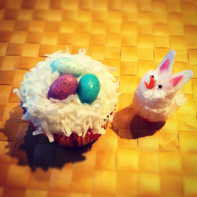 Skinny taste coconut cupcakes. SO GOOD!!   Recipes&ideas.   Pinterest