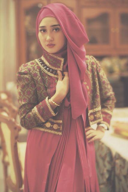 Fashion Designer Muslim Indonesia