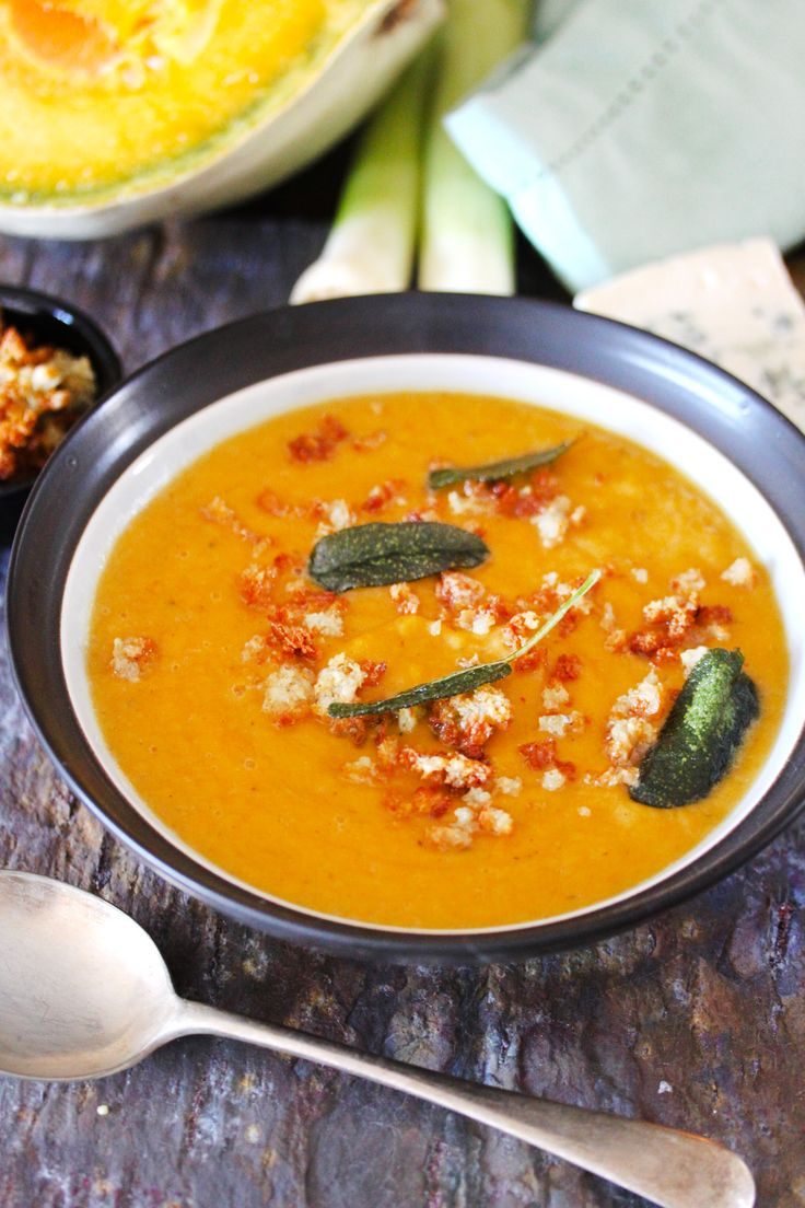 Thick Pumpkin Soup with Sage and Blue Cheese Crumbs #Crush32 #soup # ...