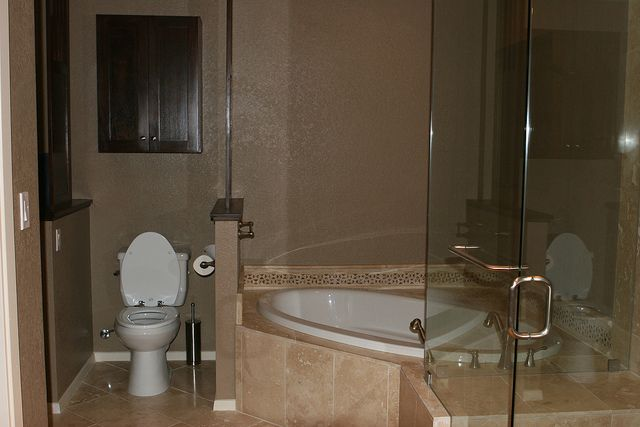 Corner tub- shower with bench- | Nowthen House | Pinterest