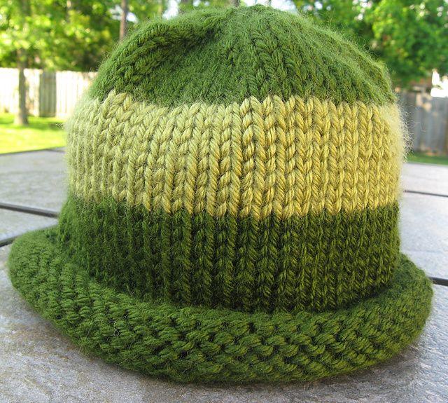 Knit Hat Pattern Rolled Brim : rolled brim hat. free pattern. knitting Pinterest