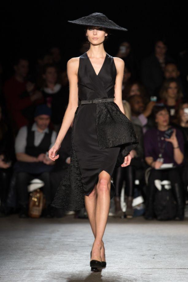 Christian dior haute couture fall winter 2014 44 car for Haute couture pronunciation