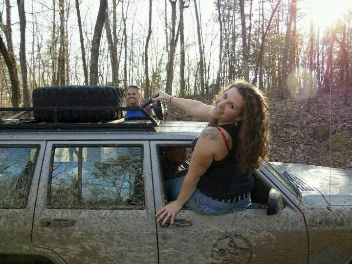 Dirty Jeep Girls