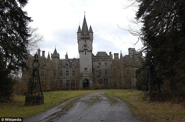 Chateau Miranda, Celles, Belgium