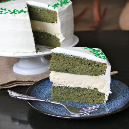 Green Velvet Baileys Cheesecake Cake | Baileyѕ | Pinterest