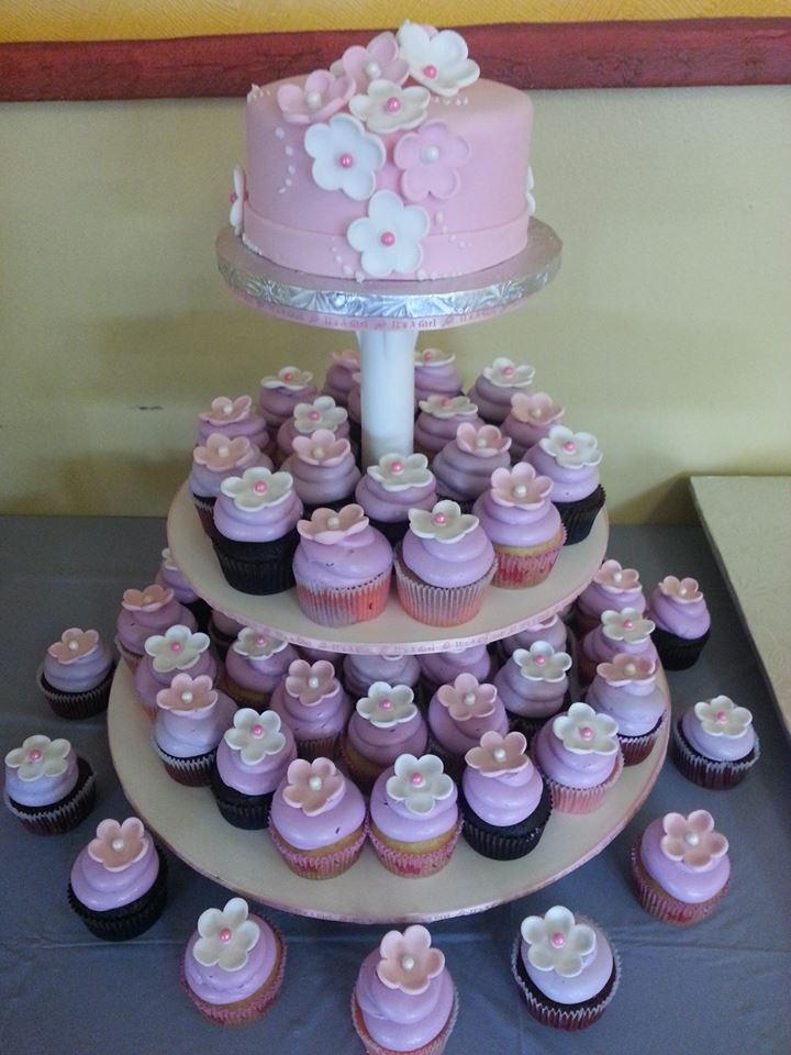 Living room decorating ideas baby shower cupcakes pinterest for Baby shower cupcake decoration ideas