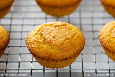 Brown Sugar Cornbread Muffins | Recipe