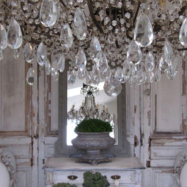 chandelier!!