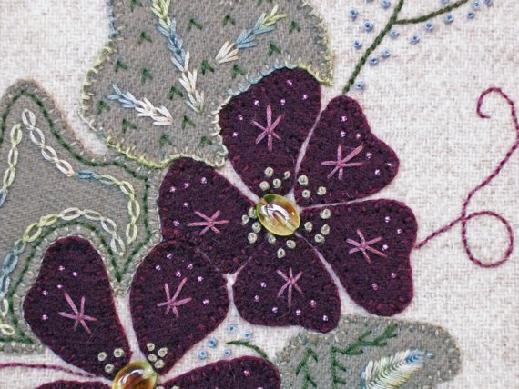 jacobean flowers embroidery design
