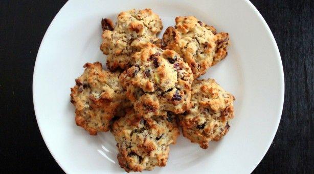 ... LOOK! Cranberry-Pistachio Oatmeal-Quinoa Cookies | Sweets: Cookies