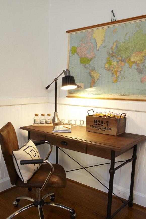 Boys Room with Desk 580 x 870