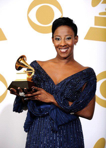 THEE GRAMMY AWARD WINNING ARTIST... Le'Andria Johnson!!!!! CONGRATS to my lil sis!!!:)