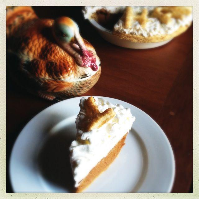 ... Bakes!: GIVE THANKS! Caramel Mascarpone Pumpkin Pie and a BIG WINNER