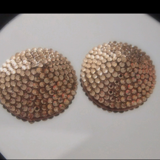 Champagne colored pasties | DIY Fashion I Love | Pinterest