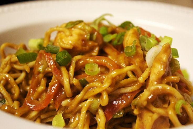 Chicken with Thai peanut sauce | Food | Pinterest