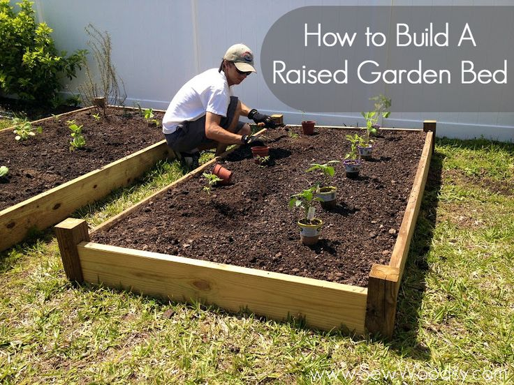 Raised Garden Bed, via Sew Woodsy