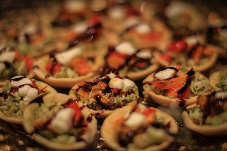 Pesto Chicken tarts | My food - Catering, hors d'oeuvres, Small Bites ...