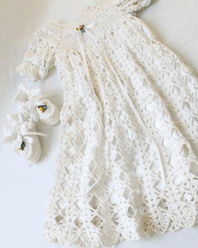 Free Crochet Pattern Baby Cradle Purse : christening set Crochet Baby Christening Pinterest