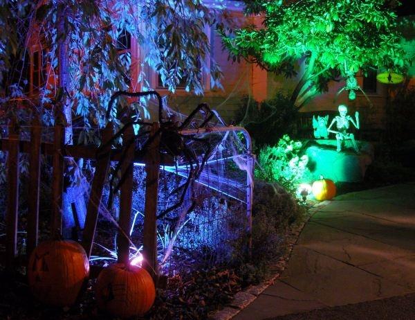 diy haunted house halloween decor treats party ideas. Black Bedroom Furniture Sets. Home Design Ideas
