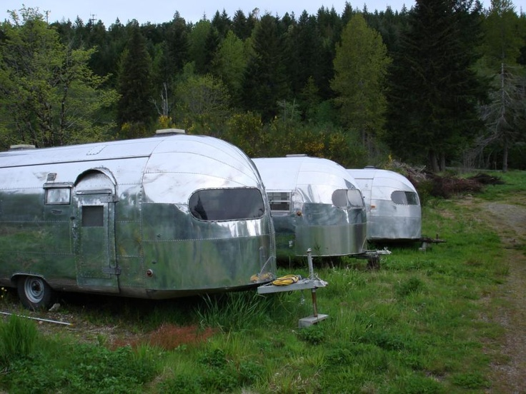 ... Vintage Airstream Model Review- Curtis Wright & Silver Streak Clippers