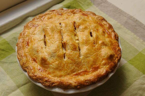 Brown Butter and Cheddar Apple Pie. Great for a fall party or to give ...
