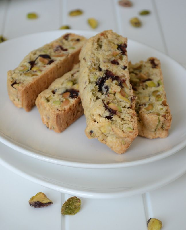 Pistachio and Cranberry Biscotti | Yummers | Pinterest