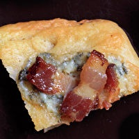 Blue Cheese-Bacon Focaccia. Im worried that if i made these, i would ...