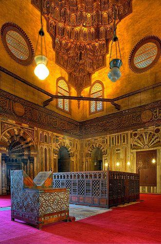 Interior Mosque Sultan Hassan, Cairo, EGYPT. B7537e4dc0cb5053c987ec700424bcdc