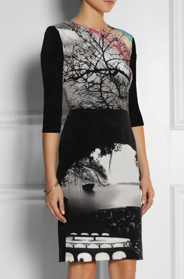 Black Half Sleeve Landscape Print Bodycon Dress