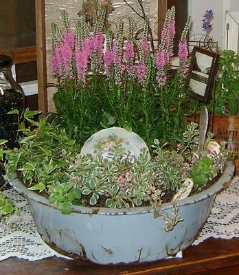 Junk Garden Garden Ideas Pinterest