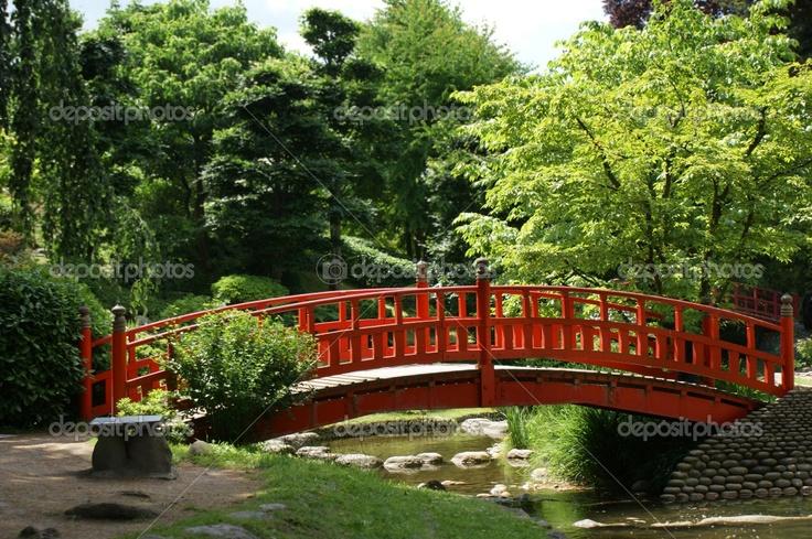 Red bridge japanese gardens pinterest for Japanese garden bridge plans