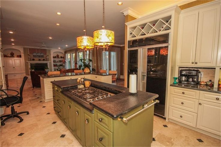 Center island with 5 burner gas range home decor that i love pin Kitchen design center stove