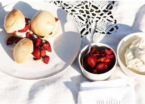 strawberry shortcake sliders goop.com | Treat | Pinterest