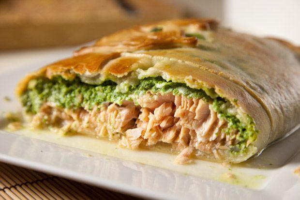Salmon en croute | dinner ideas | Pinterest