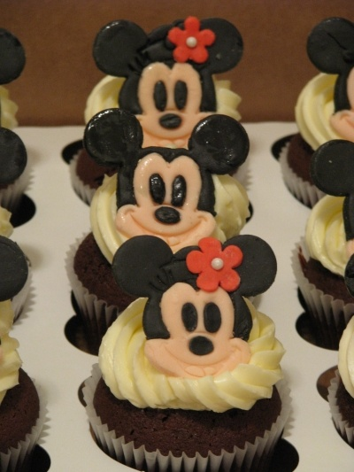 Mickey & Minnie cupcakes By joiecreations on CakeCentral.com