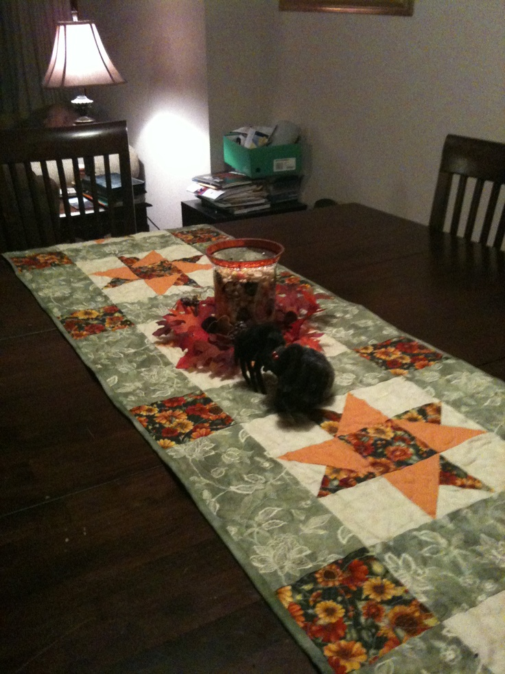 I for runners fall made  Fall Tablerunner table