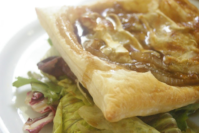 Caramelized onion and brie tart. | Dine | Pinterest