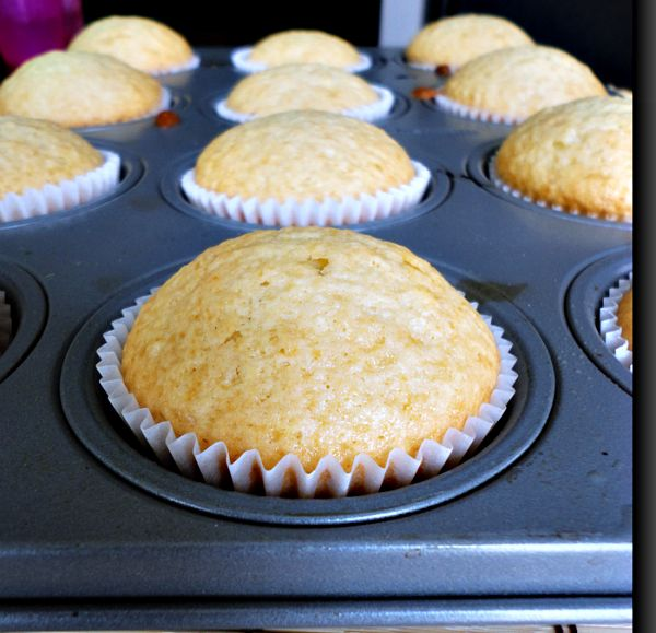 Vanilla Olive Oil Muffins 1 | recipes that I want to try | Pinterest