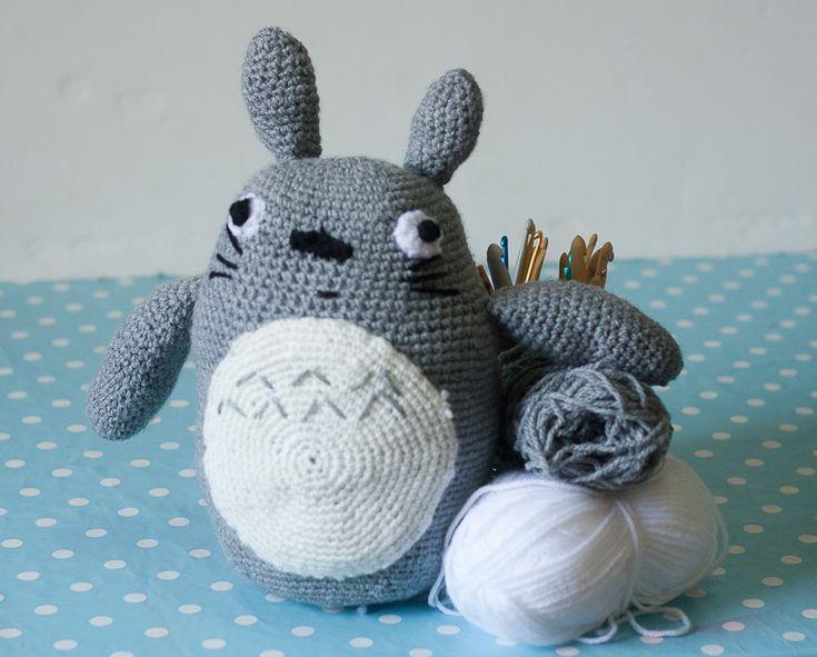 Amigurumi Totoro Ohje : Crocheted Totoro for Munchy Pinterest