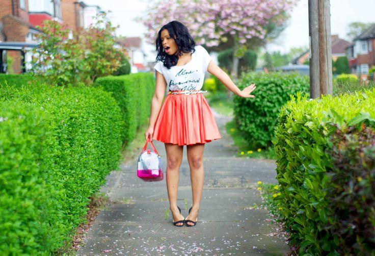Skirt and tshirt