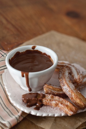 Churros & chocolate | Sweet Treats | Pinterest