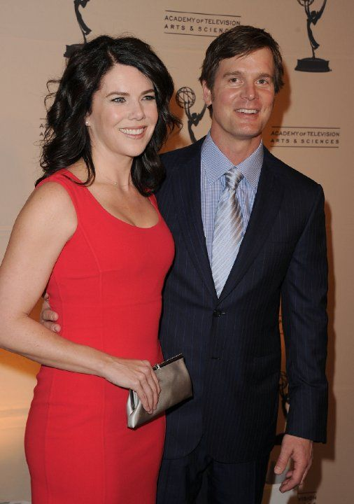 Lauren Graham And Peter Krause