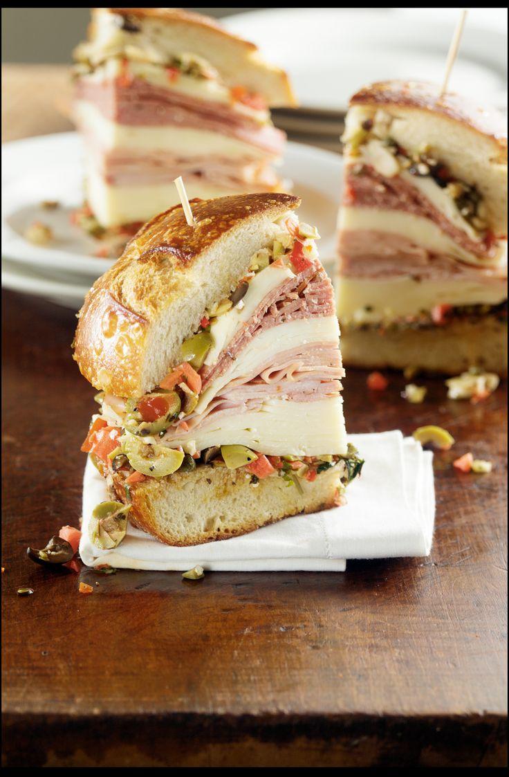 New Orleans Muffuletta : a New Orleans sandwich