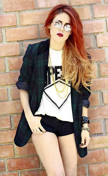 Le happy – red and blonde ombre hair