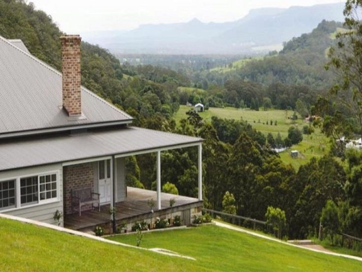 Glen Athan at Berry in the Kangaroo Valley, New South Wales.